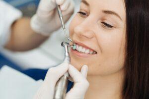 Diş Eti Hastalıkları ve İmplant
